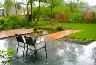 Prachtige grote tuin in Zeist met vijver